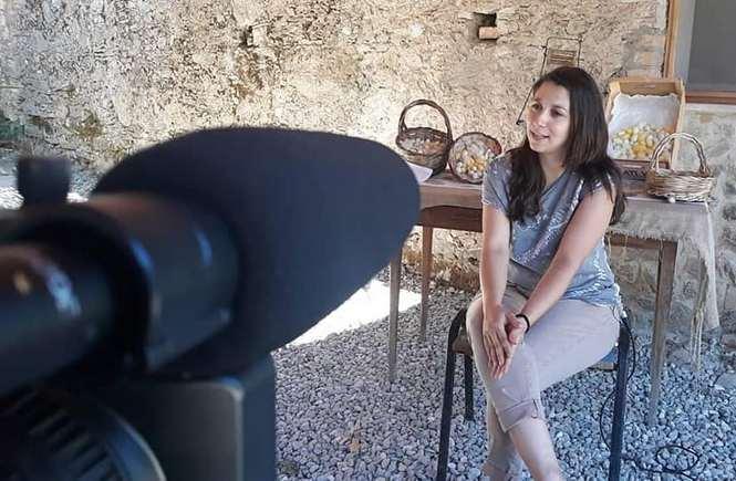 """Miriam Pugliese, una storia d'amore: """"Torno in Calabria per creare seta e futuro"""""""
