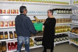 """Quattro anni di """"supermercato senza soldi"""": ecco dove può arrivare l'economia del dono"""